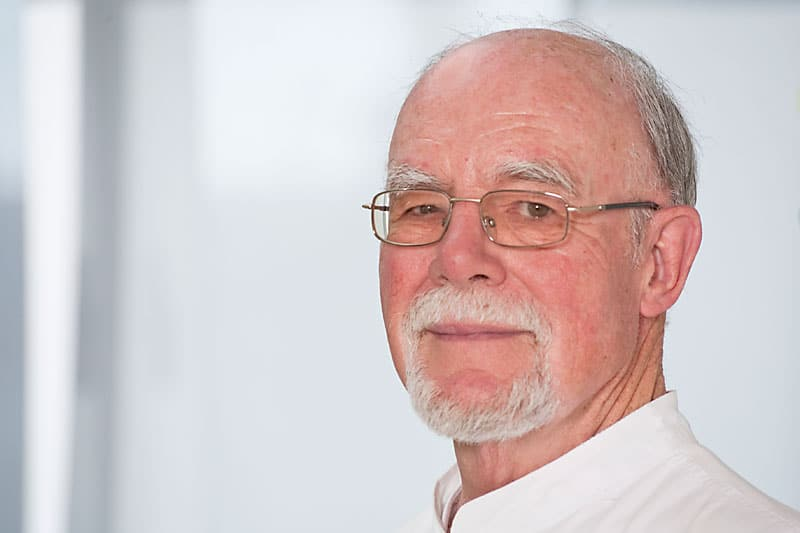 Dr. med. dent. H.- Ferdy Schulte Holtey